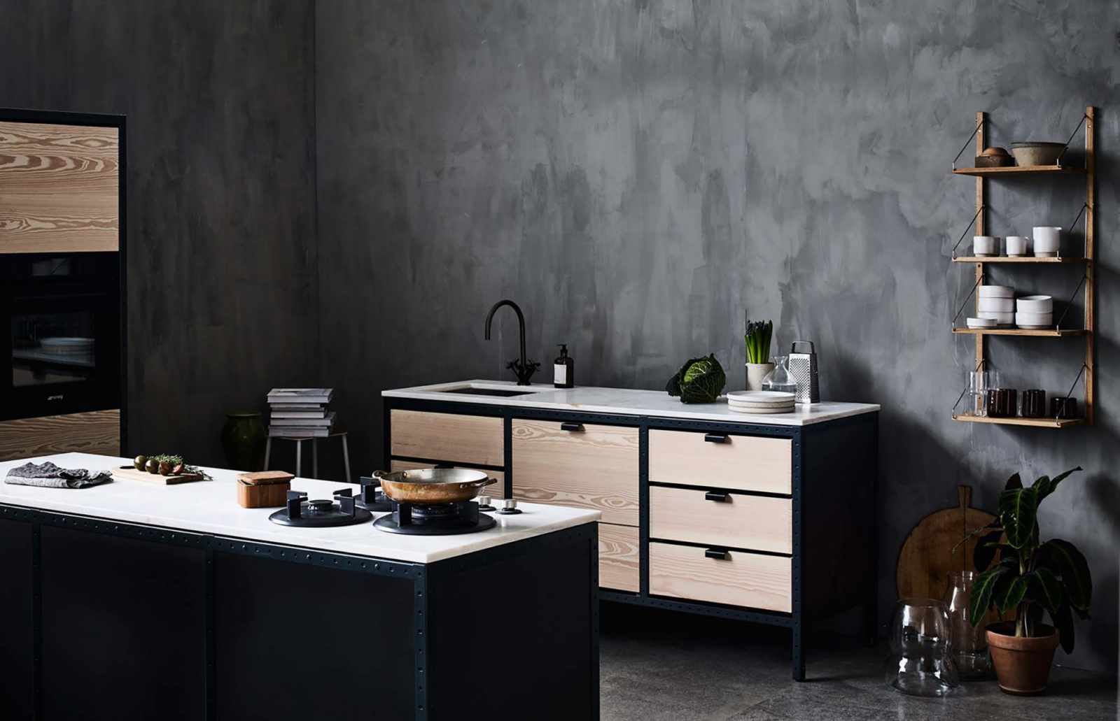 The kitchen can be used as kitchen island as well