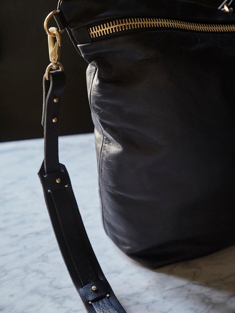 Artilleriet Edition: No 80 Big Zipper Tote