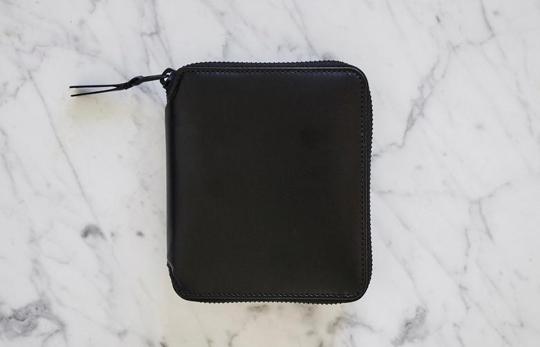 Very Black Zip Around Wallet