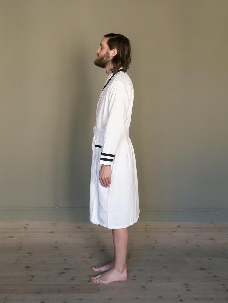 Deck Gown White/Black