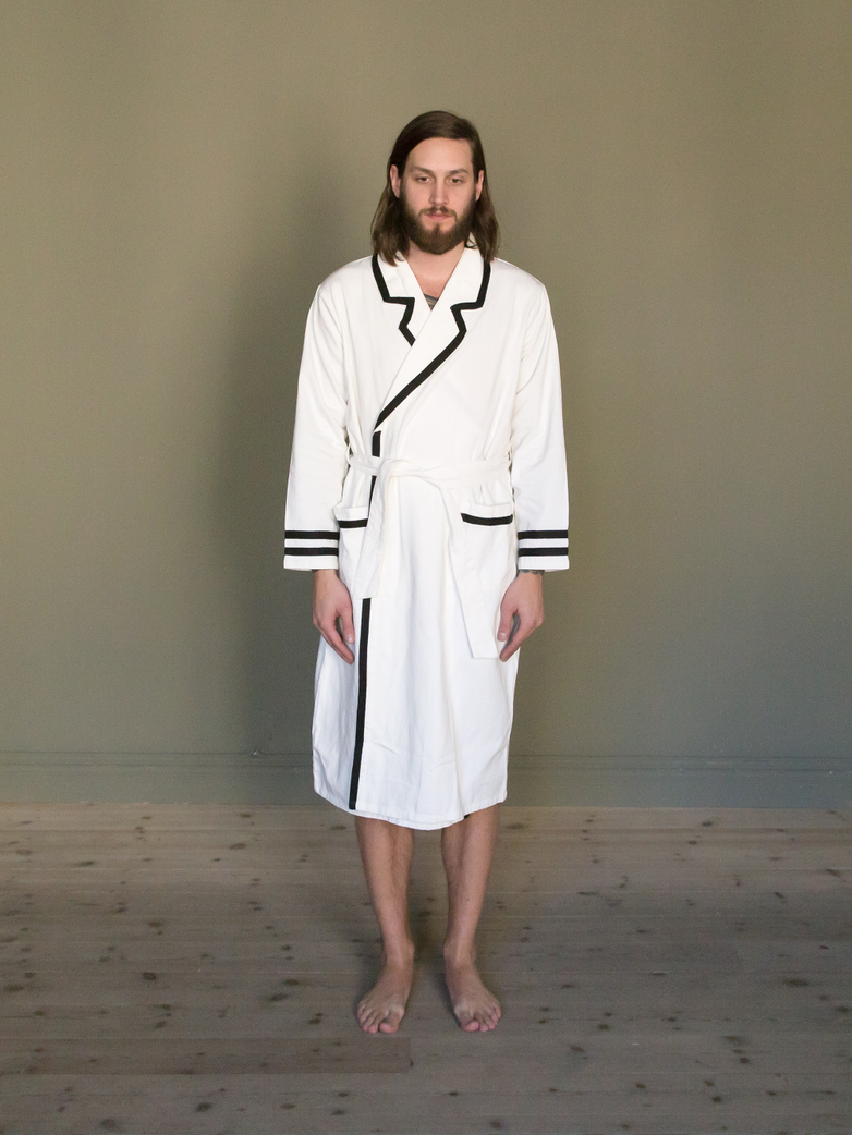 Deck Gown White/Black