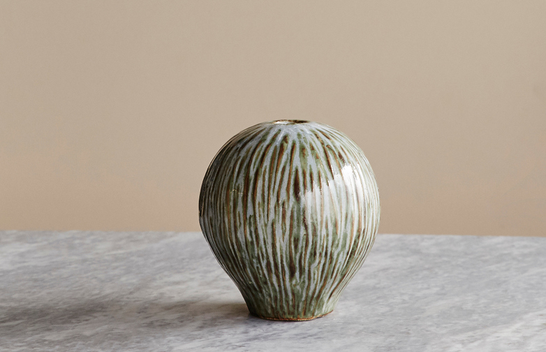 Coconut Heart Vase - Green
