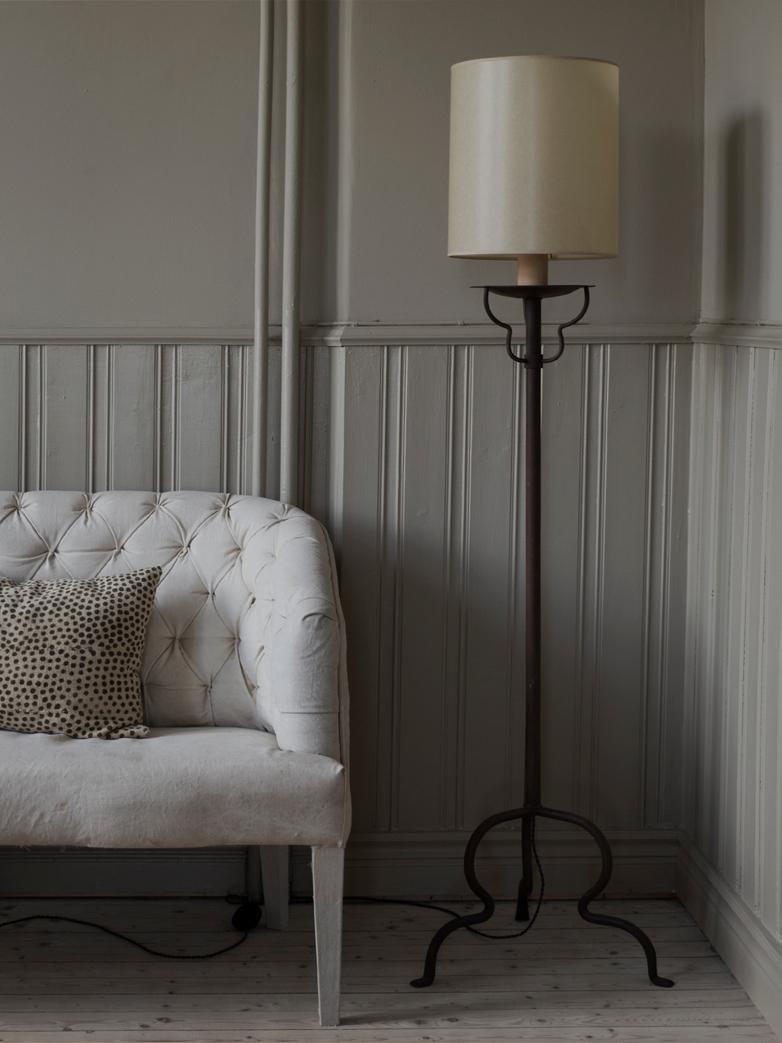 Balthus Floor Lamp