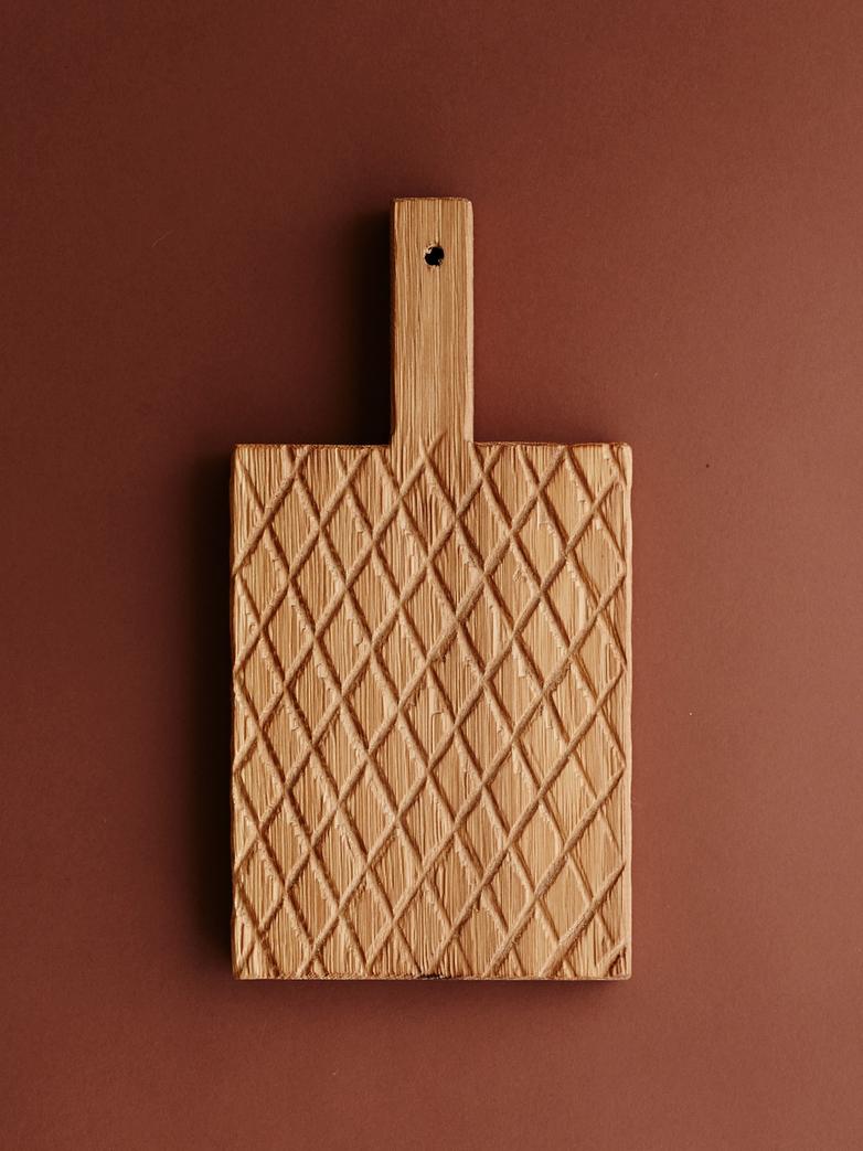 Cutting Board Wheatear