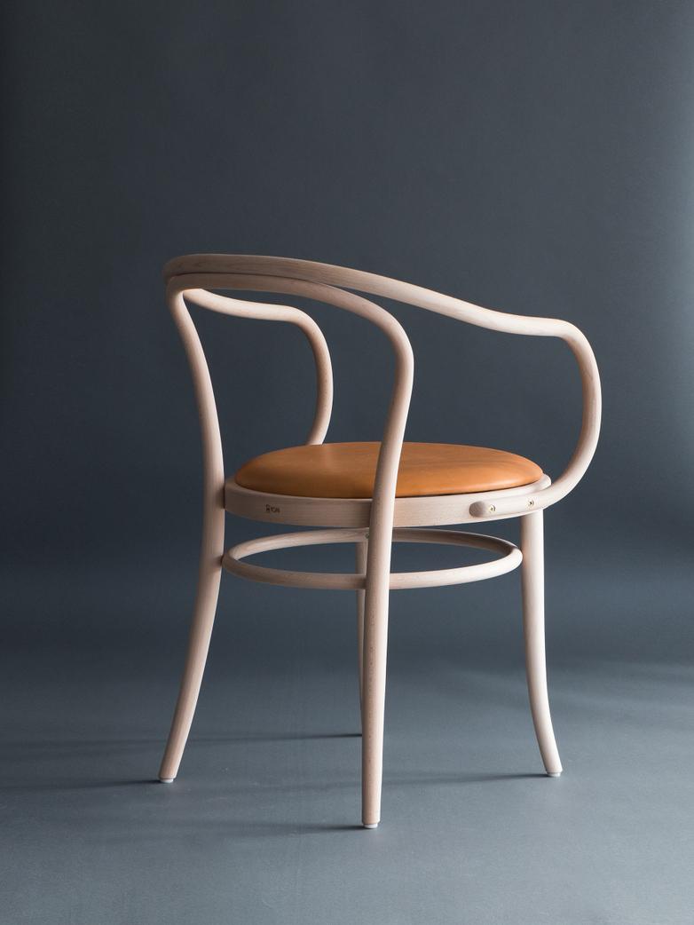 Artilleriet Edition Chair 30 Raw Tärnsjö Leather