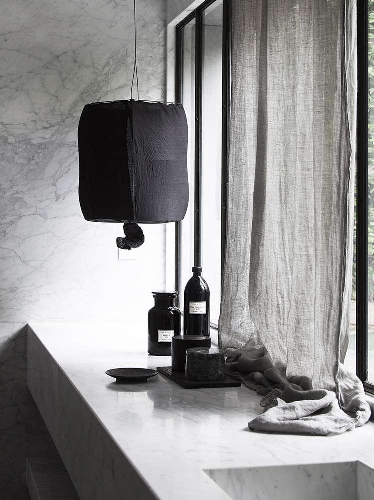 Schooley Lamp Black